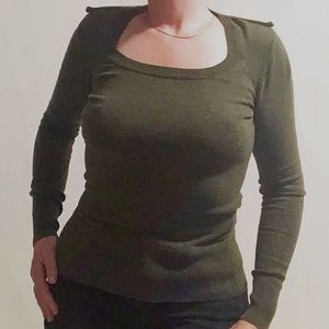 Costa Blanca army green tight fitting knit sweater